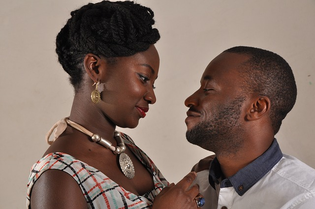 Comment rassurer son homme lorsqu'il a des doutes sur votre relation